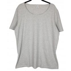 harmaa t-paita